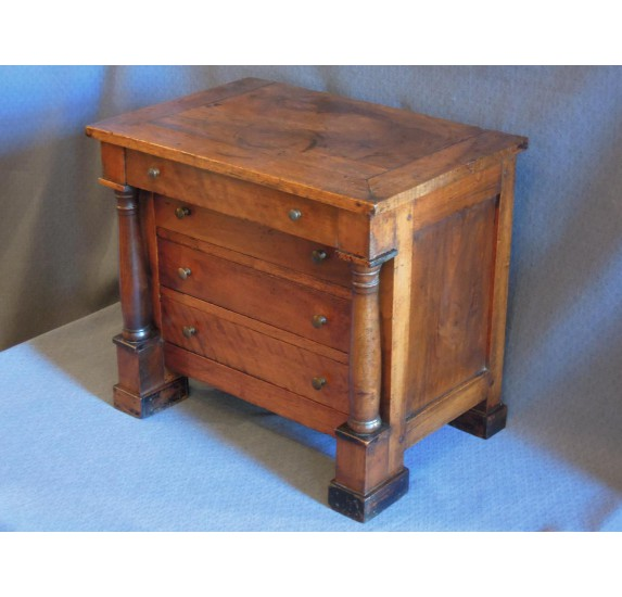 Empire chest of drawer, mastery work