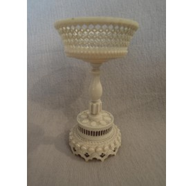 Perforated cup or ring holder, ivory, 19th century