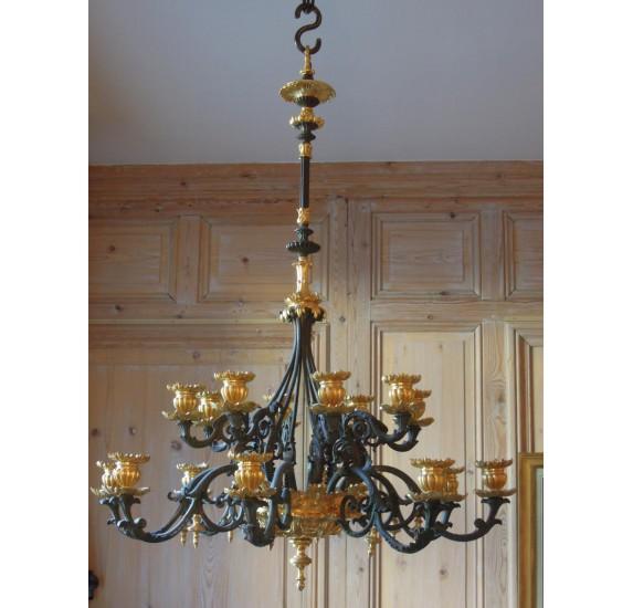 Lustre Louis Philippe en bronze doré et patiné