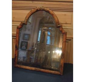 Miroir de table XVIIIe à décor de Chinois
