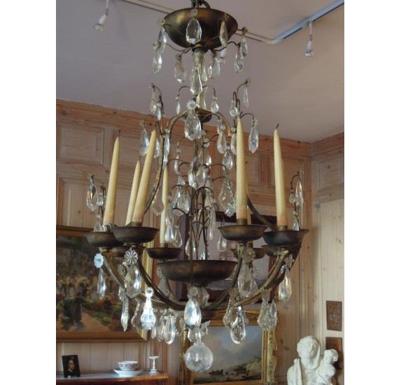 Large chandelier gided wrought iron, by Maison Delisle