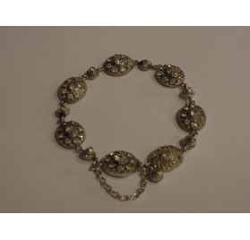 Norman jewel : bracelet from Saint Lô, in silver and strass.