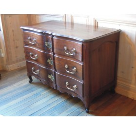 18th century mahogany crossbow chest of drawers