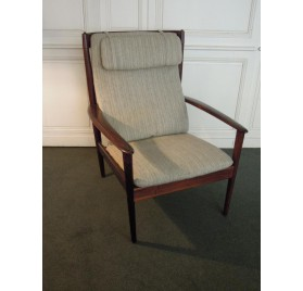 Scandinavian rosewood armchair by Grete Jalk