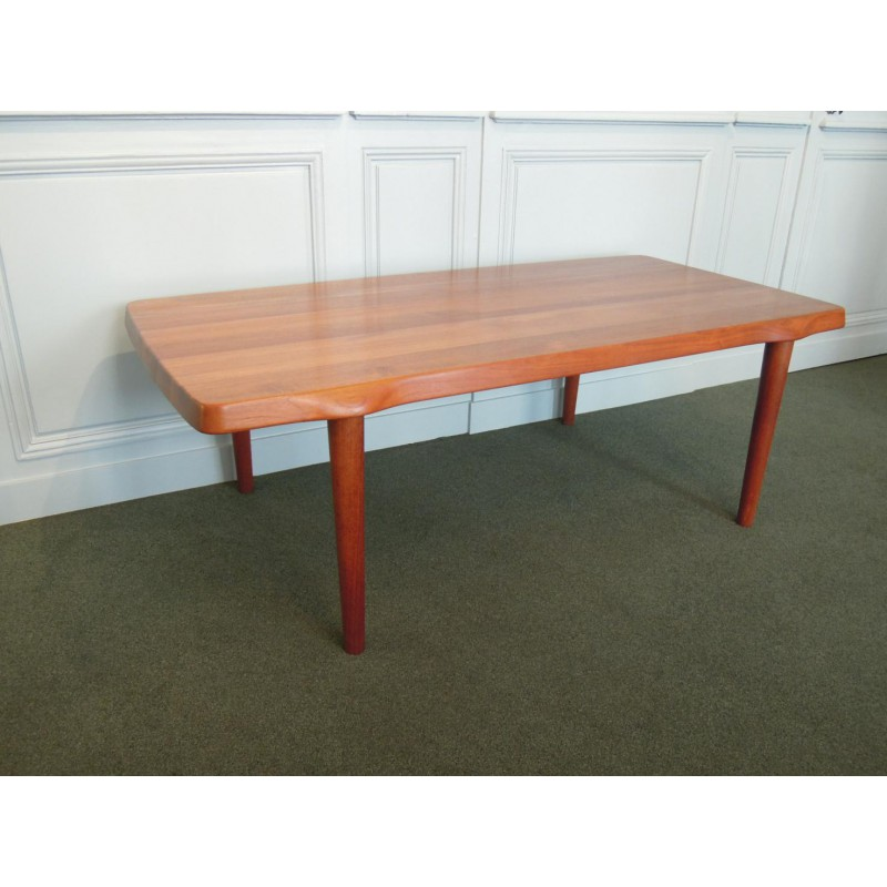 Scandinavian Teak Coffee Table: Solid Teak Coffee Table, Scandinavian Style Design