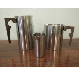 Pichet, verseuse et crémier Cylinda-line d'Arne Jacobsen pour Stelton