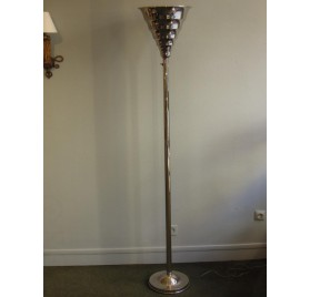 Lampadaire Art-Déco en métal chromé