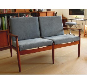 Danish 2 seater sofa by Grete Jalk for Glostrup