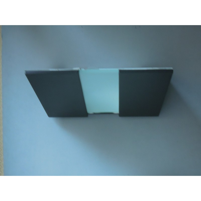 Wall Sconces Lumens : 3 sconces Box model, by the designer Artoff and edited by Lumen Center