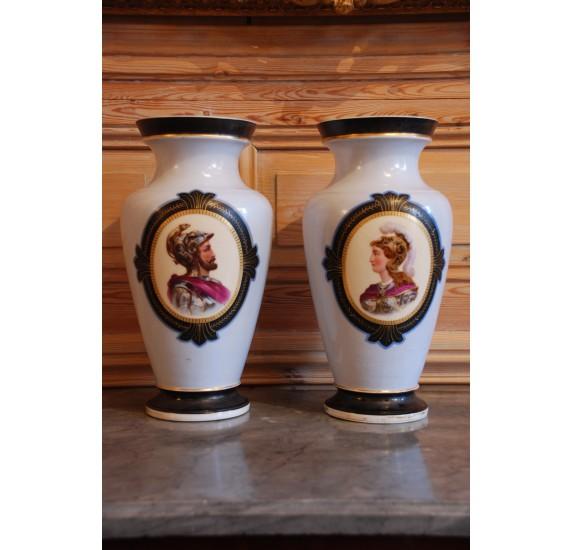 Paire de vases en porcelaine - Napoléon III