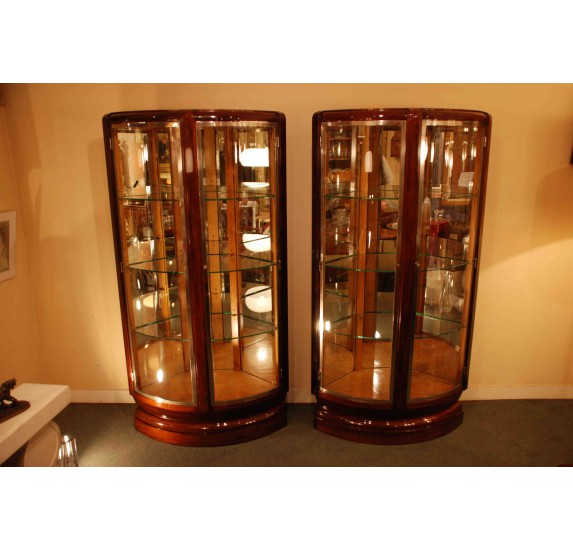 Pair of Art-Deco corner display cabinets by Maurice Rinck