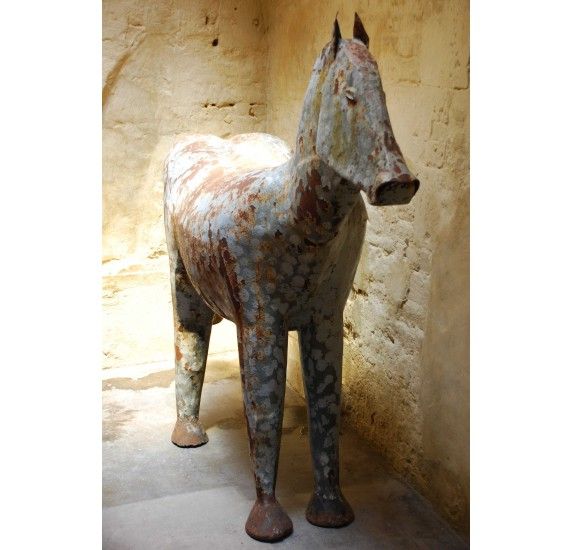 Sculpture : grand cheval stylisé Art-Déco ou moderniste