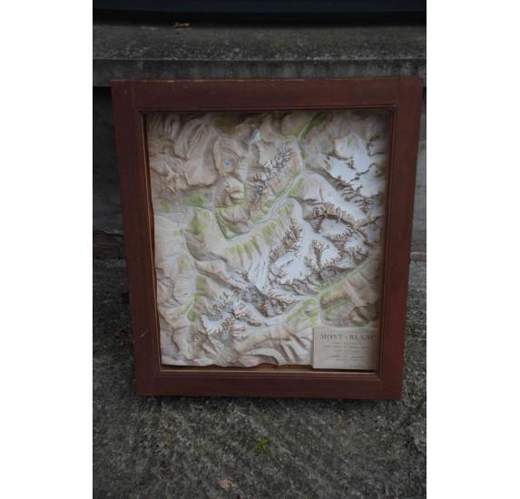 Plan en relief du massif du Mont Blanc par Lasnon