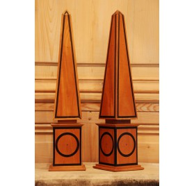 Pair of decorative obelisks
