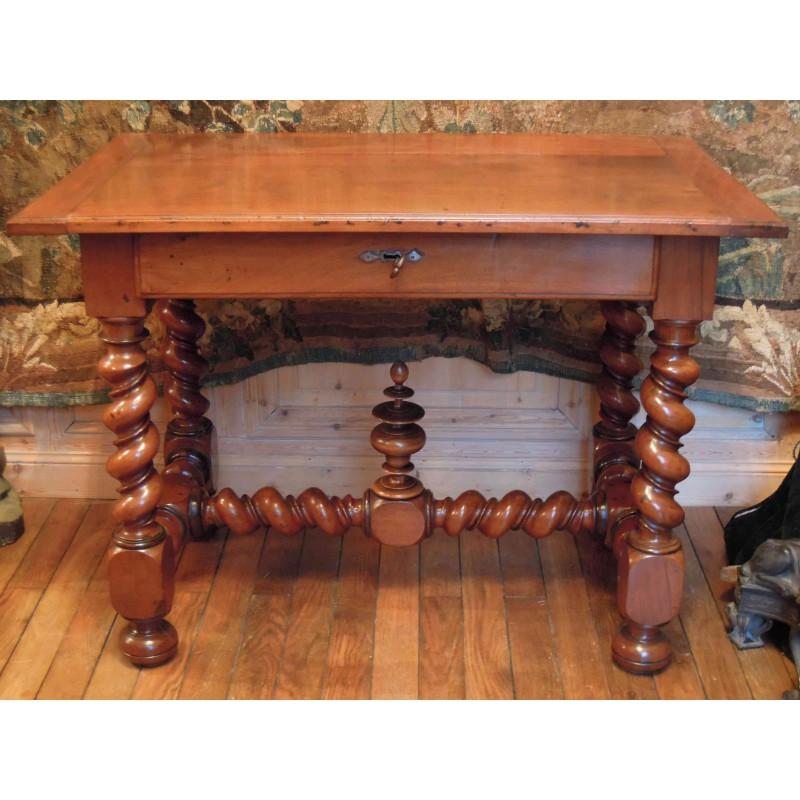 table en noyer d 39 poque louis xiii havas antiquites. Black Bedroom Furniture Sets. Home Design Ideas
