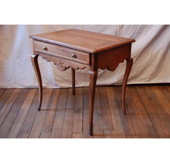 Walnut table, Louis XVI era, 18th c.