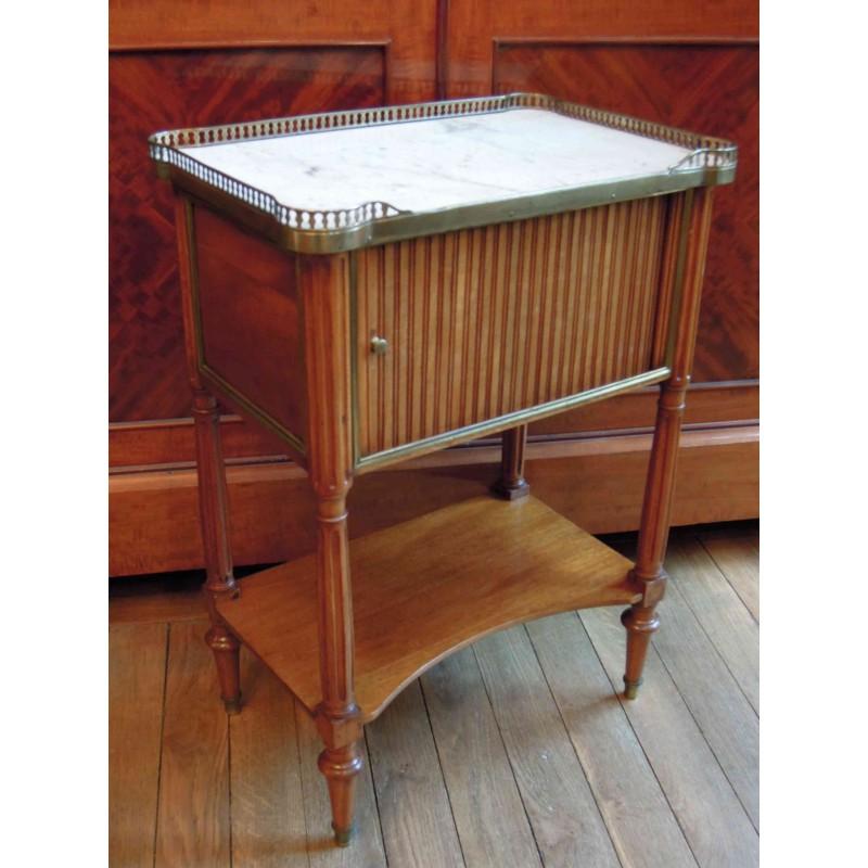 table de chevet acajou maison design. Black Bedroom Furniture Sets. Home Design Ideas