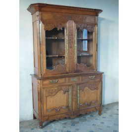 Two-parts Norman buffet, blond oak, nineteenth century