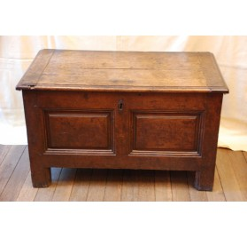 Small and old oak coffer, with its box