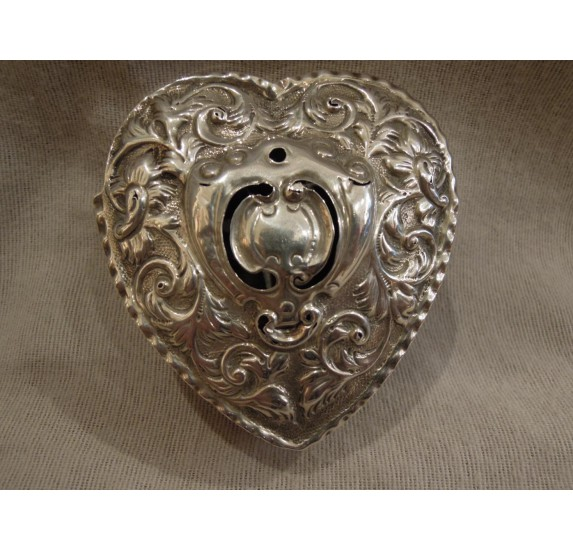 English Victiorian heart shaped box, sterling silver